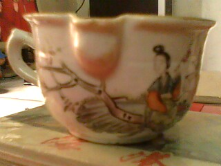 民国粉彩茶杯